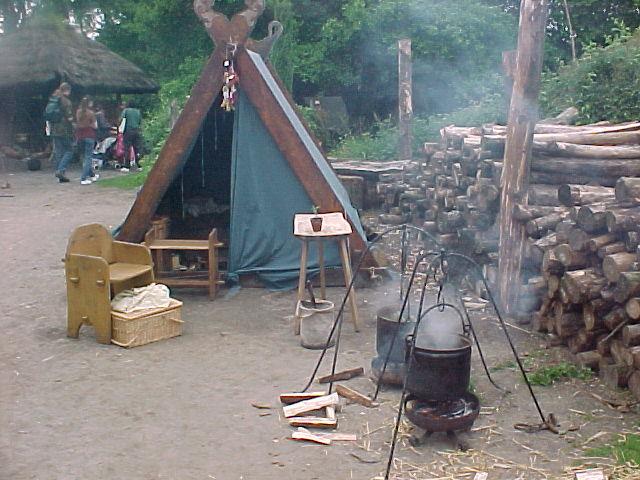 Viking market Eindhoven 2002: daily life